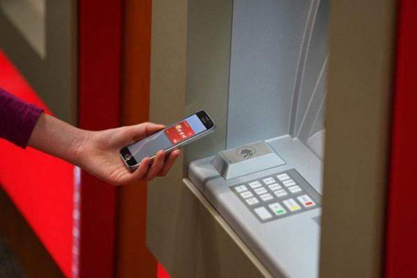 Rút tiền ATM phổ biến